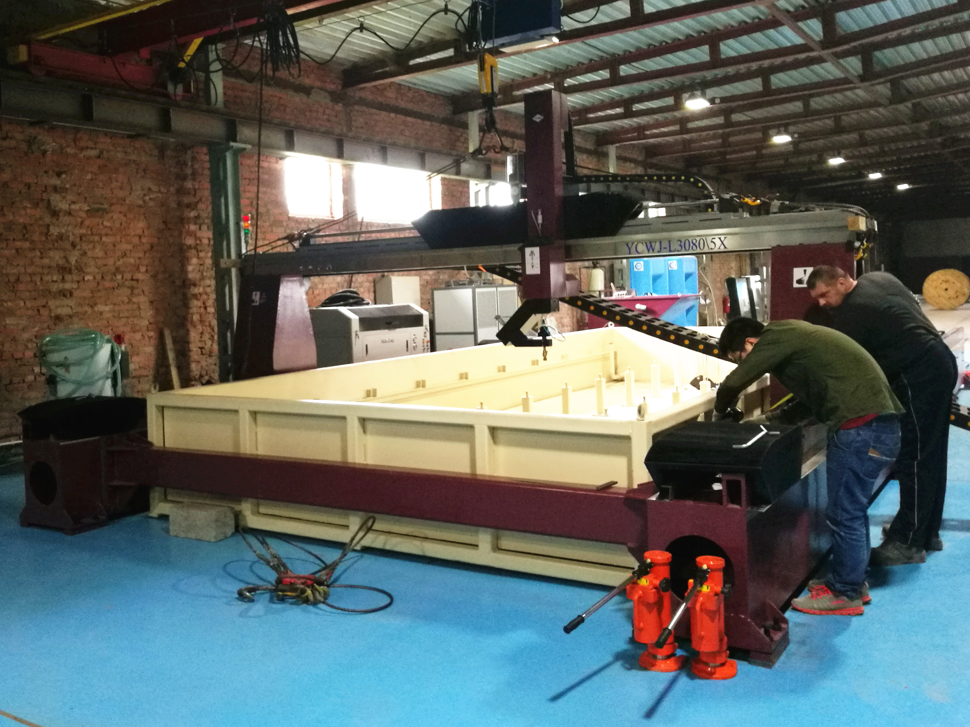 5 linha central cutting.png waterjet
